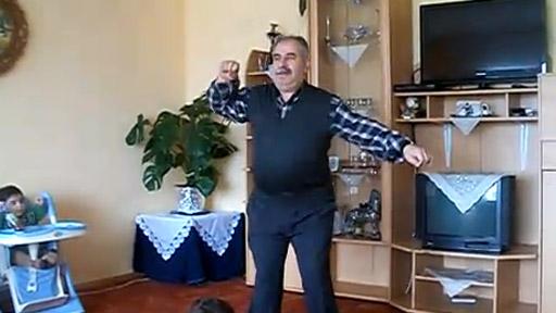 Abuelo bailongo