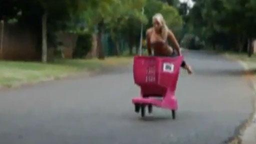 Rubia Vs carrito