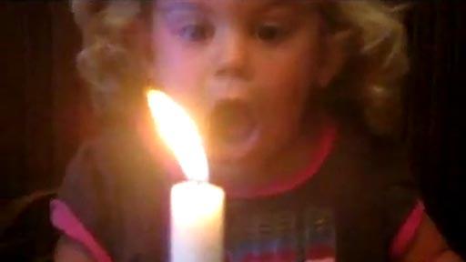 Soplando la vela