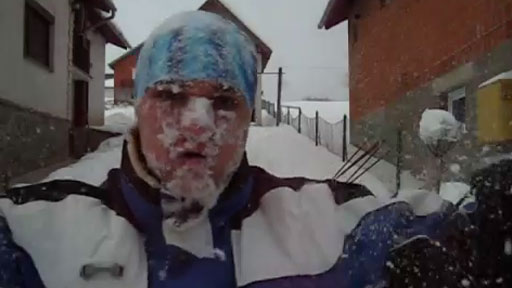 Nadador en la nieve