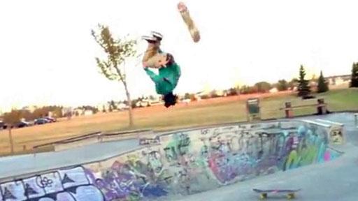 Backflip a otro skate