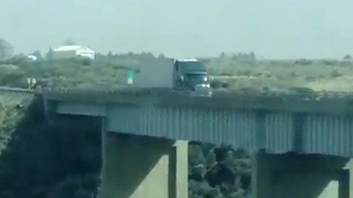 Camión Vs viento