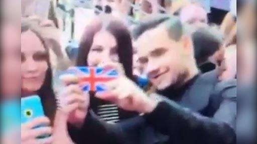 Liam Payne y las  fans