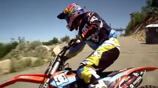 Un gran salto en moto