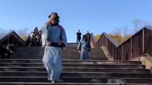 Recogiendo basura al estilo Kung-Fu