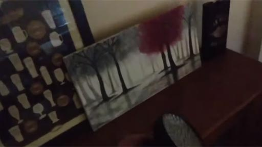 Algo oculto en la pintura
