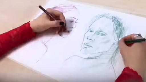 Dibujando con ambas manos